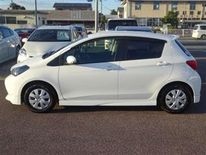 toyota-vitz--f-2015-cars-for-sale-in-colombo