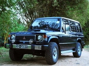 mitsubishi-pajero-1985-jeeps-for-sale-in-kurunegala