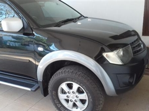 mitsubishi-l200-2013-cars-for-sale-in-colombo