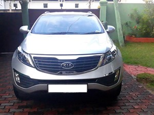 kia-sportage-2011-jeeps-for-sale-in-kandy