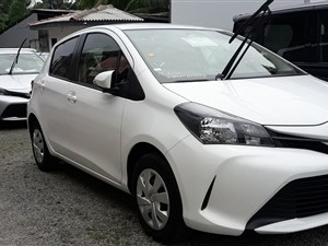 toyota-vitz-safety-2016-cars-for-sale-in-gampaha
