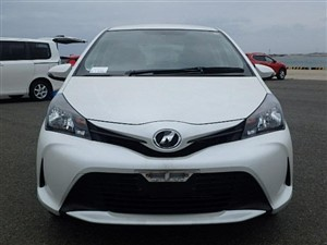 toyota-2016/08--vitz-f--safety-2016-cars-for-sale-in-gampaha
