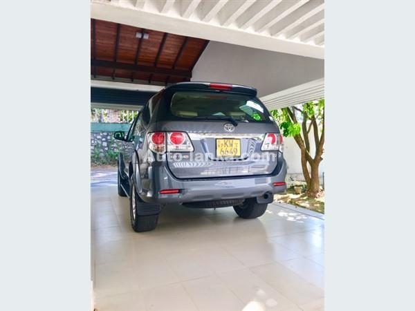 Toyota FOURTUNER 3000cc 2013 Jeeps For Sale in SriLanka