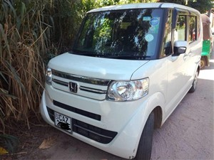honda-n-box-2016-vans-for-sale-in-kandy