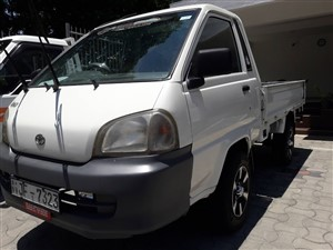 toyota-townace-cm85-lorry-8.5-feet-2001-trucks-for-sale-in-gampaha