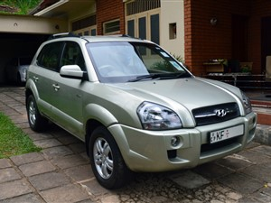 hyundai-tucson-2007-jeeps-for-sale-in-kandy