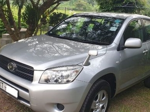 toyota-rav4-2007-jeeps-for-sale-in-gampaha