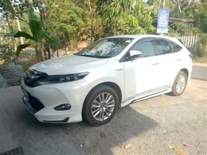 toyota-harrier-2014-jeeps-for-sale-in-gampaha