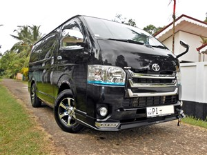 toyota-kdh-super-gl-2014-vans-for-sale-in-gampaha