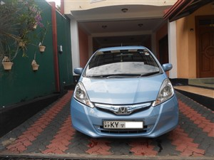 honda-fit-(gp1)-smart-edition-2013-cars-for-sale-in-kalutara