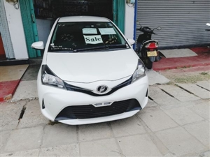 toyota-vitz-2016-cars-for-sale-in-ampara