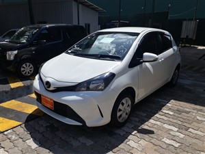 toyota-vitz-2016-cars-for-sale-in-gampaha