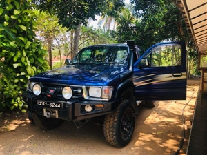 toyota-hilux-1998-jeeps-for-sale-in-colombo