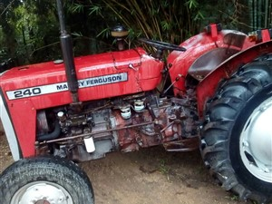 other-massey-ferguson-tractor-1982-machineries-for-sale-in-puttalam