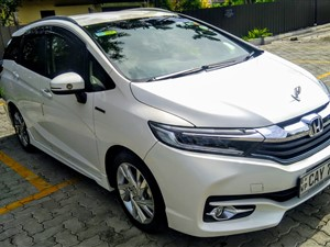 honda-shuttle-2017-cars-for-sale-in-gampaha