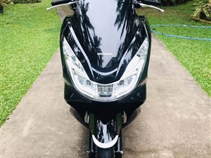 honda-pcx-2018-motorbikes-for-sale-in-puttalam