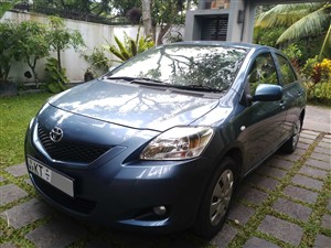 toyota-yaris-new-shell-2012-cars-for-sale-in-colombo
