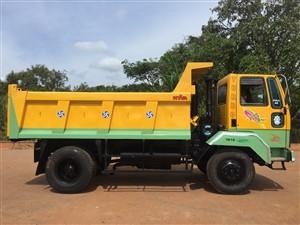ashok-leyland-cargo-tipper-2010-trucks-for-sale-in-puttalam