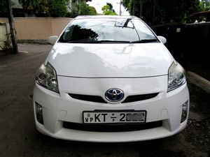toyota-prius-s-grade-2010-cars-for-sale-in-colombo