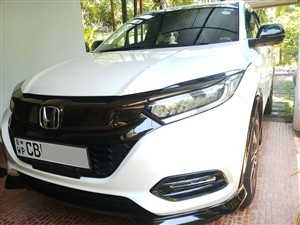 honda-vezel-electric-seat-rs-sensing-2018-cars-for-sale-in-colombo