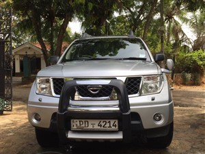 nissan-navara-aventure-2005-jeeps-for-sale-in-colombo