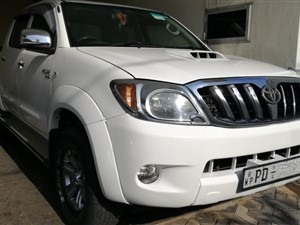toyota-hilux-2007-jeeps-for-sale-in-colombo