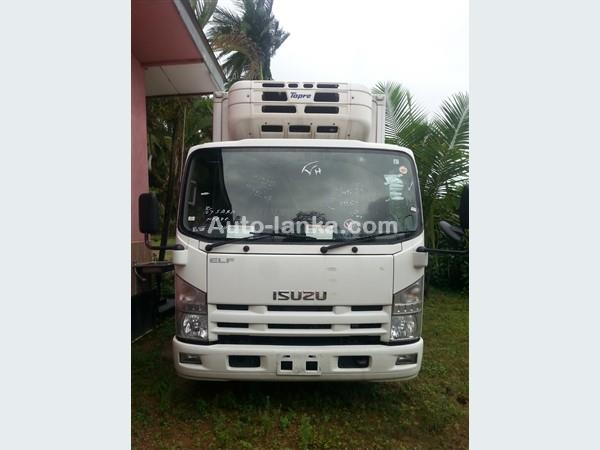 Isuzu 2014 Isuzu elf Freezer truck 16.5 feet 2014 Trucks For Sale in SriLanka