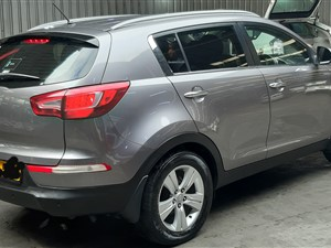 kia-sportage-2010-jeeps-for-sale-in-kandy