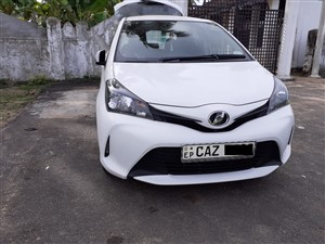 toyota-vitz-2015-cars-for-sale-in-ampara