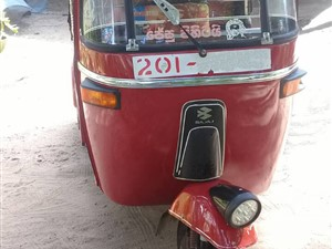 bajaj-2-stroke-three-wheeler-2015-three-wheelers-for-sale-in-puttalam