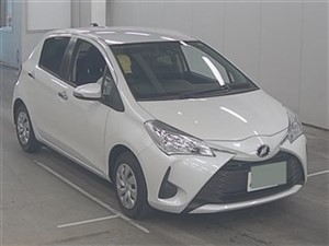 toyota-vitz-f-safety-pearl-white-2017-cars-for-sale-in-gampaha