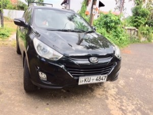 hyundai-tuction-2012-jeeps-for-sale-in-galle