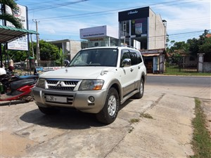 mitsubishi-montero-v6-2004-jeeps-for-sale-in-puttalam