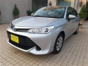 toyota-axio-2017-cars-for-sale-in-colombo