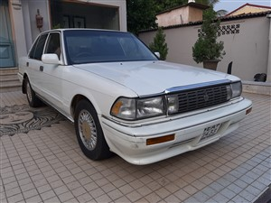 toyota-crown-1988-cars-for-sale-in-colombo