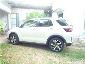 toyota-raize--z--grade-2020-jeeps-for-sale-in-ratnapura