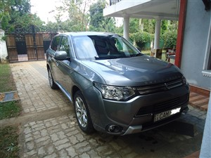 mitsubishi-outlandre-phev-2015-jeeps-for-sale-in-ratnapura