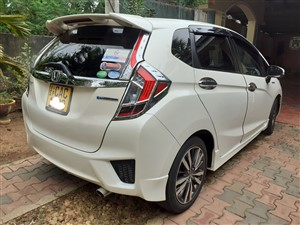 honda-fit-gp5--hybrid-2014-cars-for-sale-in-hambantota