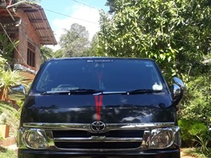toyota-kdh-200-super-gl-2006-vans-for-sale-in-matara