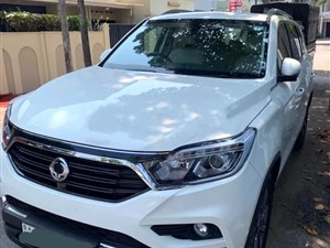 ssangyong-rexton-jeep-2017-jeeps-for-sale-in-colombo