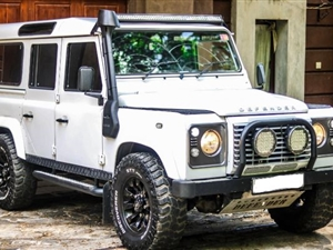 land-rover-defender-2007-jeeps-for-sale-in-kandy