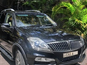 ssangyong-rexton-w-rx200exdi-2017-jeeps-for-sale-in-colombo