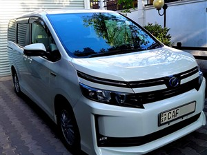 toyota-voxy-2015-vans-for-sale-in-kalutara