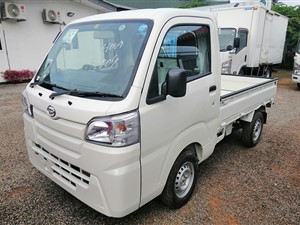 daihatsu-hijet-buddy-truck-4wd-2018-trucks-for-sale-in-gampaha