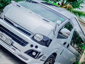 toyota-kdh-highroof-2012-vans-for-sale-in-colombo