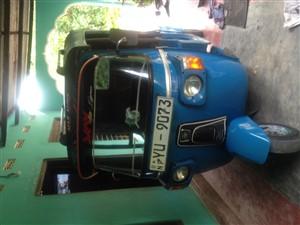 bajaj-three-wheel-2011-three-wheelers-for-sale-in-kilinochchi