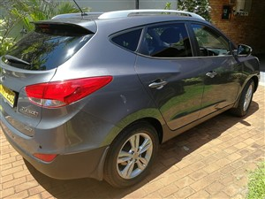 hyundai-tucson-2011-jeeps-for-sale-in-colombo
