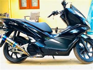 honda-pcx-2019-motorbikes-for-sale-in-puttalam