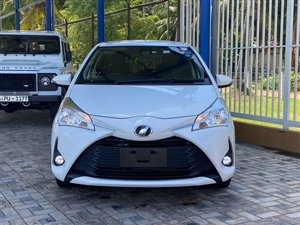 toyota-vitz-2017-cars-for-sale-in-puttalam