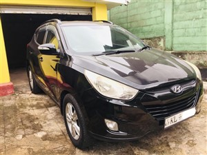 hyundai-tucson-2011-jeeps-for-sale-in-gampaha